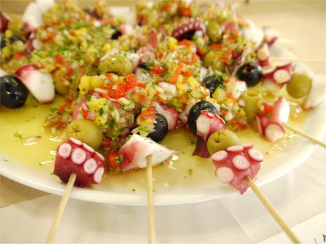 ホームパーティーの成功は料理にあり!特別な演出に役立つケータリング