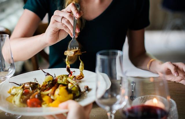 ストレスフルな毎日に「食」による癒しを!気軽に入れるレストランなら【ビストロ13区】